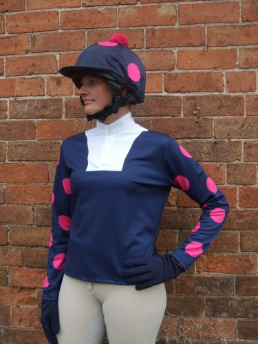 Dark blue event shirt with cerise large multi spots and silk cap with cerise spots pom.