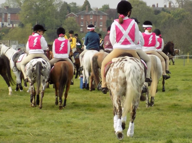 Cotswold Vale Farmers Hunt Mounted Games Team