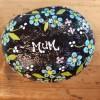 Mum (with flower circle) Size: Medium