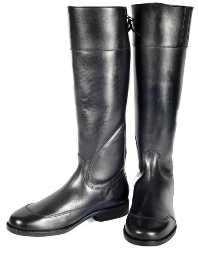 Exercise Jockey Boots in black leather.